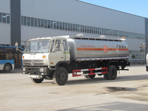 DONGFENG 10000 Liters 2700 gallons carbon steel fuel bowser tank truck