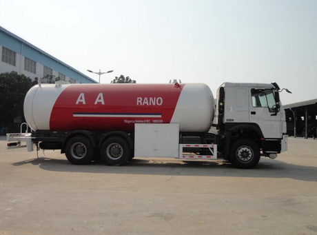 Factory Supply 30 M3 Fully Pressurized LPG Propane Delivery Road Truck